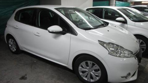 Véhicule Peugeot 208 occasion